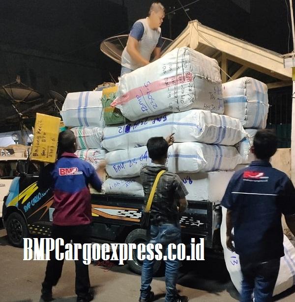 Solusi Kirim Barang Ke Gowa Lebih Hemat Dengan BMP Cargo Express